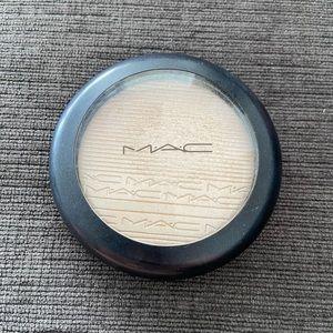 MAC Double Gleam Highlighter